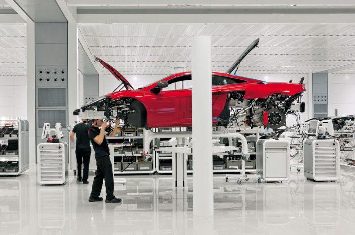 McLaren salvado por inyección de efectivo de Bahrein, reiniciará la producción pronto
