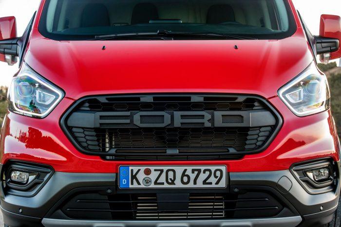 Ford Transit Van obtiene parrilla estilo Raptor en Europa